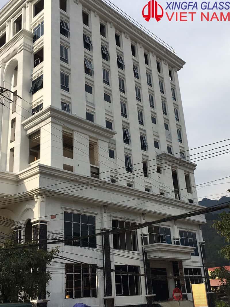 Lắp đặt cửa nhôm XINGFA tại Khách sạn 5 sao