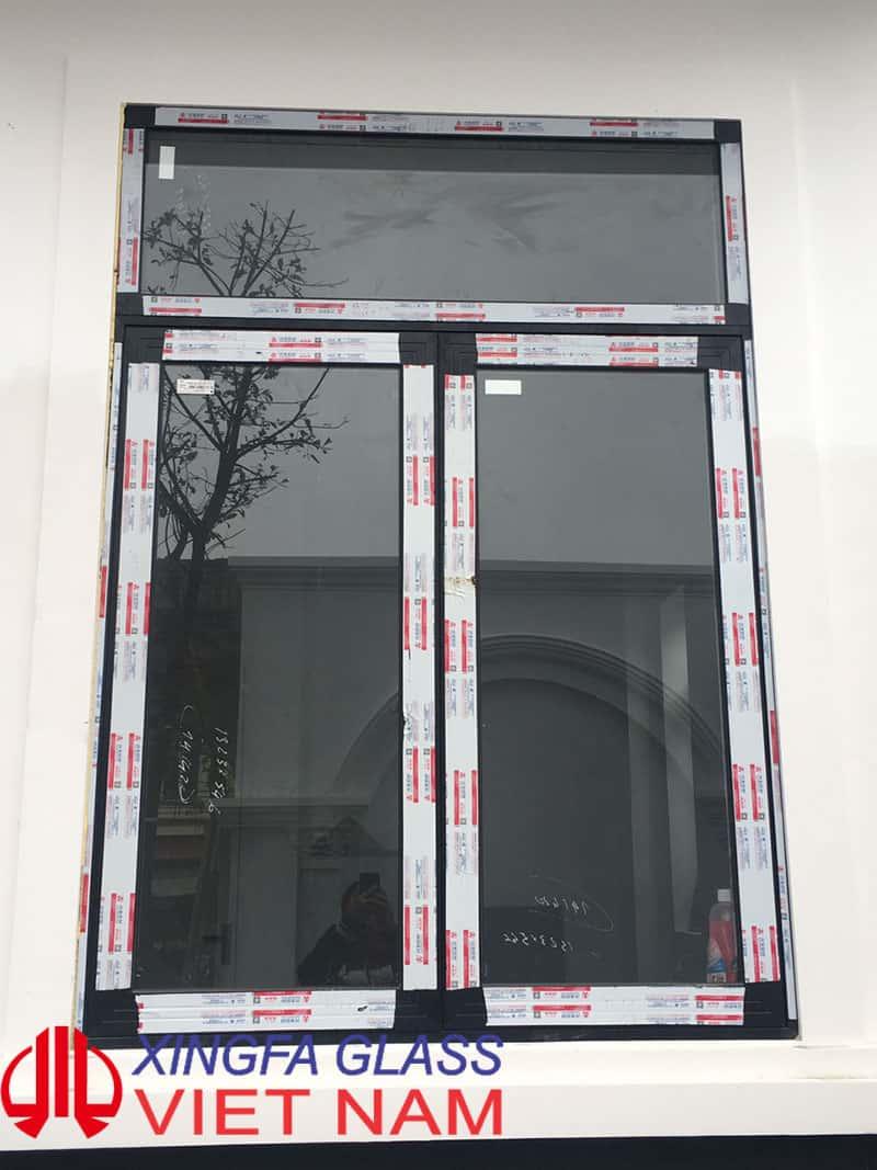 Cửa sổ mở quay 2 cánh nhôm xingfa hệ 55