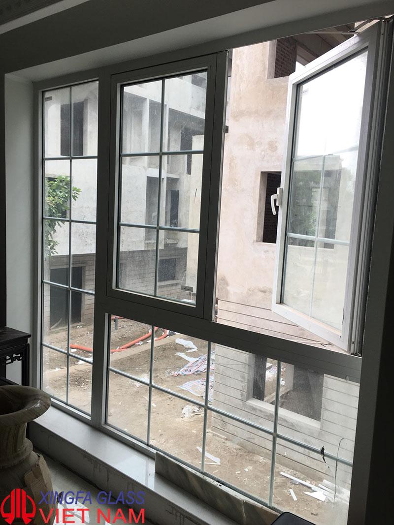 Cửa sổ mở quay nhôm Xingfa nhập khẩu
