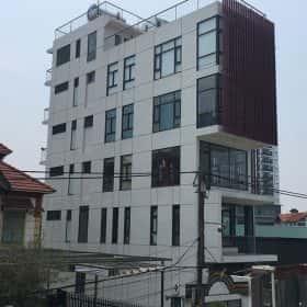 Cửa Nhôm XingFa Cho Nhà Mặt Phố 6 Tầng Tại Hà Nội