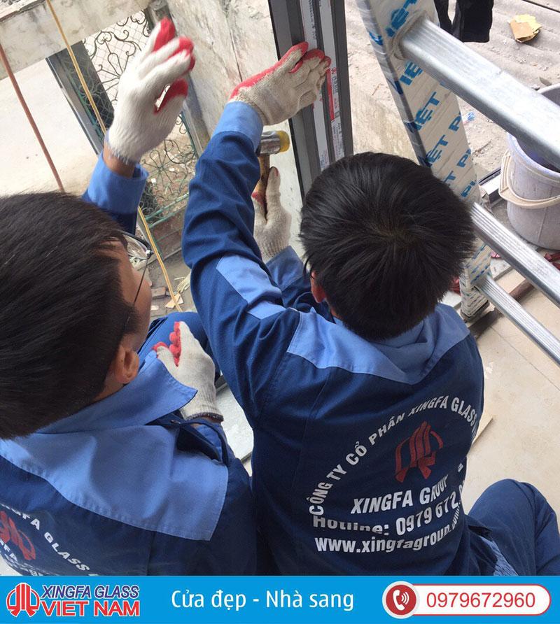 Đội ngũ thợ kỹ thuật Chuyên Nghiệp của Xingfa Glass Việt Nam