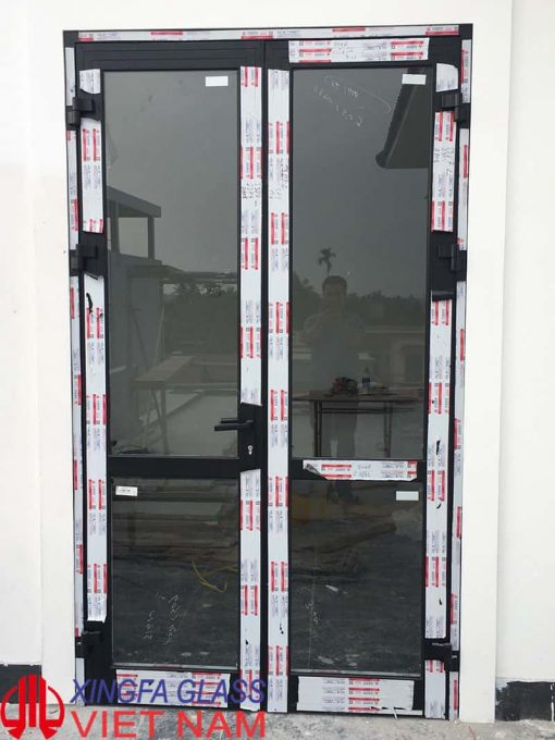 Cửa nhôm Xingfa hệ 55 cửa đi 2 cánh mở quay