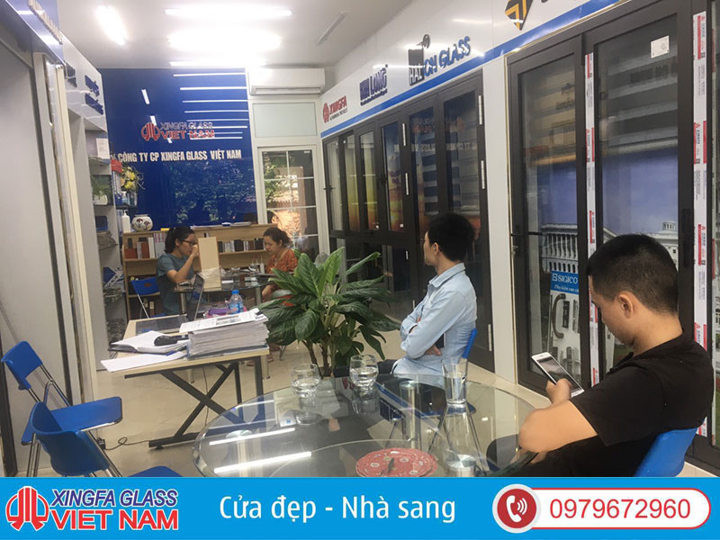 show room cua nhom xingfa chinh hang