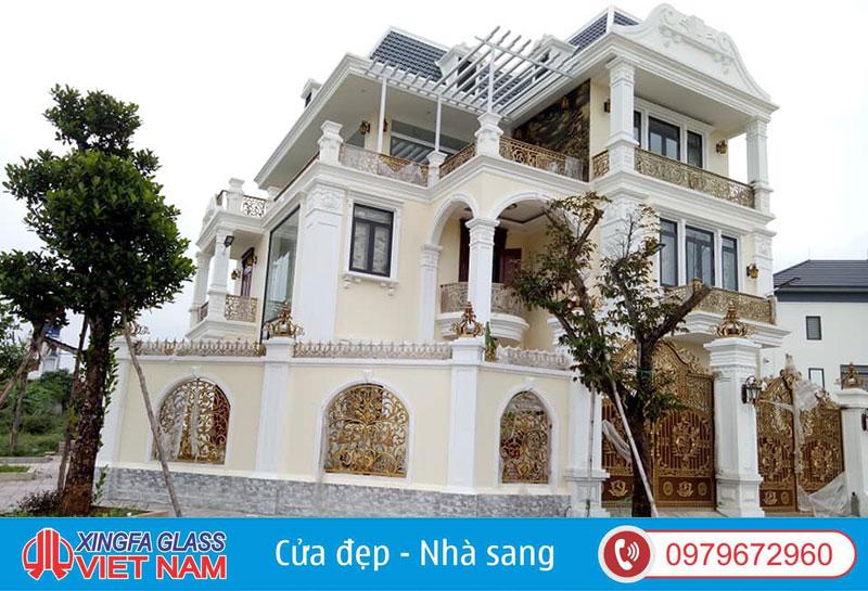 Biệt Thự Tân Cổ Điển Tai Quảng Ninh Sử Dụng Cửa Nhôm Roto Đồng Bộ Nhập Khẩu