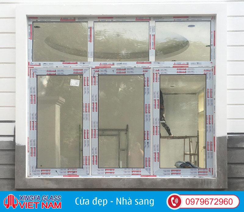 Cửa sổ mở 3 cánh kết hợp vách cố định