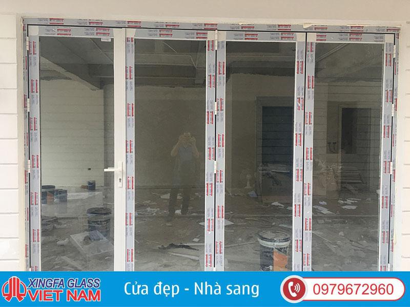 cửa nhôm xingfa 4 cánh màu trắng