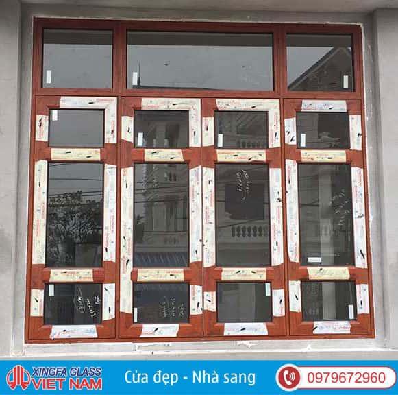 Cửa Sổ Mở 4 Cánh Có Fix Nhôm Xingfa Màu Vân Gỗ
