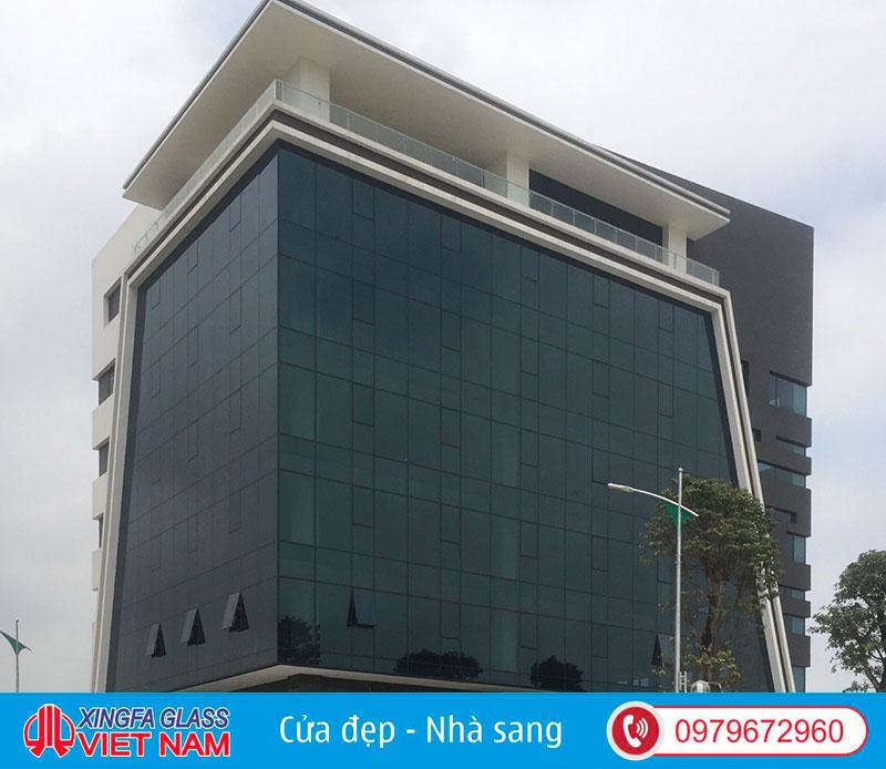 Tòa Nhà Văn Phòng Tại TP Phủ Lý Hà Nam Sử Dụng Hệ Mặt Dựng Nhôm Xingfa Hệ 65