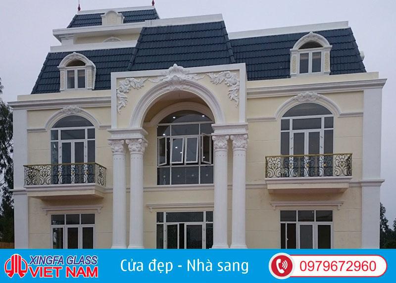 Biệt Thự Tại Hưng Hà Thái Bình Sử Dụng Cửa Nhôm Xingfa Nhập Khẩu Màu Trắng