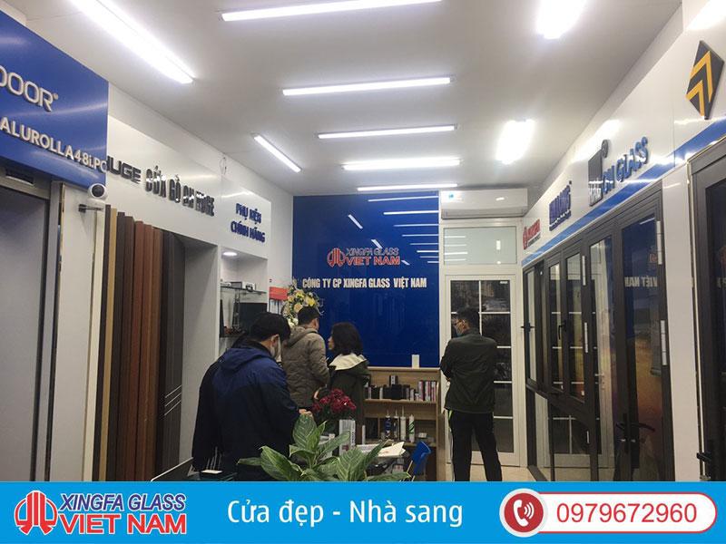 cua nhom xingfa chinh hang showroom Xingfa Gass