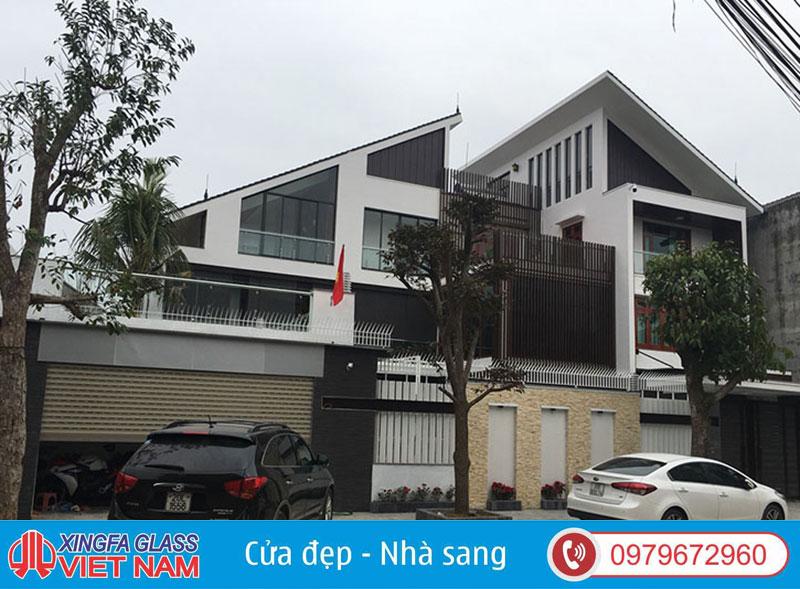 Biệt Thự Tại TP Thái Nguyên Sử Dụng Cửa Nôm Xingfa Nhập Khẩu Tem Đỏ Chính Hãng